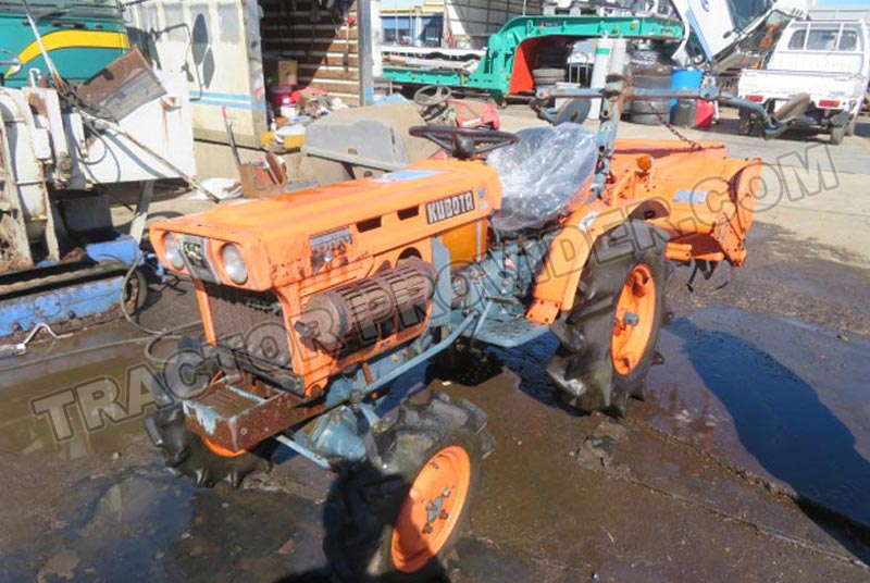 Kubota / B7001 Stock No. TP1655841
