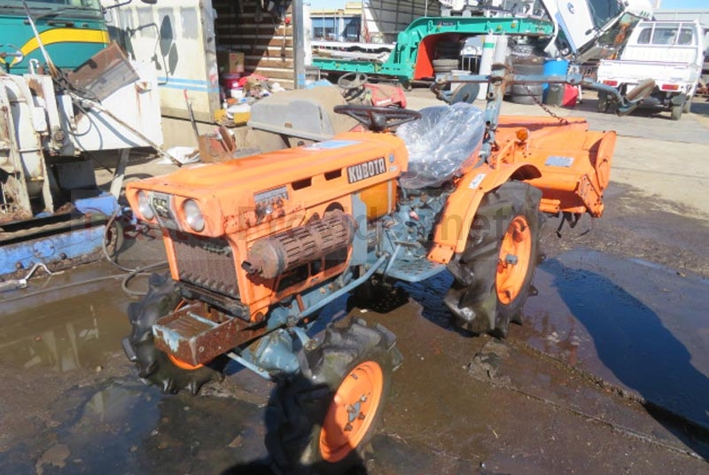 Kubota / B7001 Stock No. TP11655841